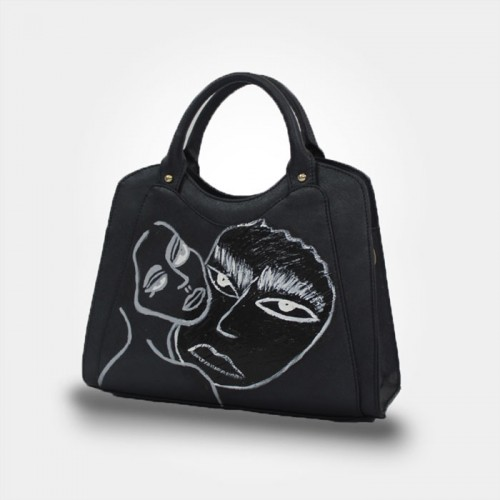 WEARABLE ART HANDBAG